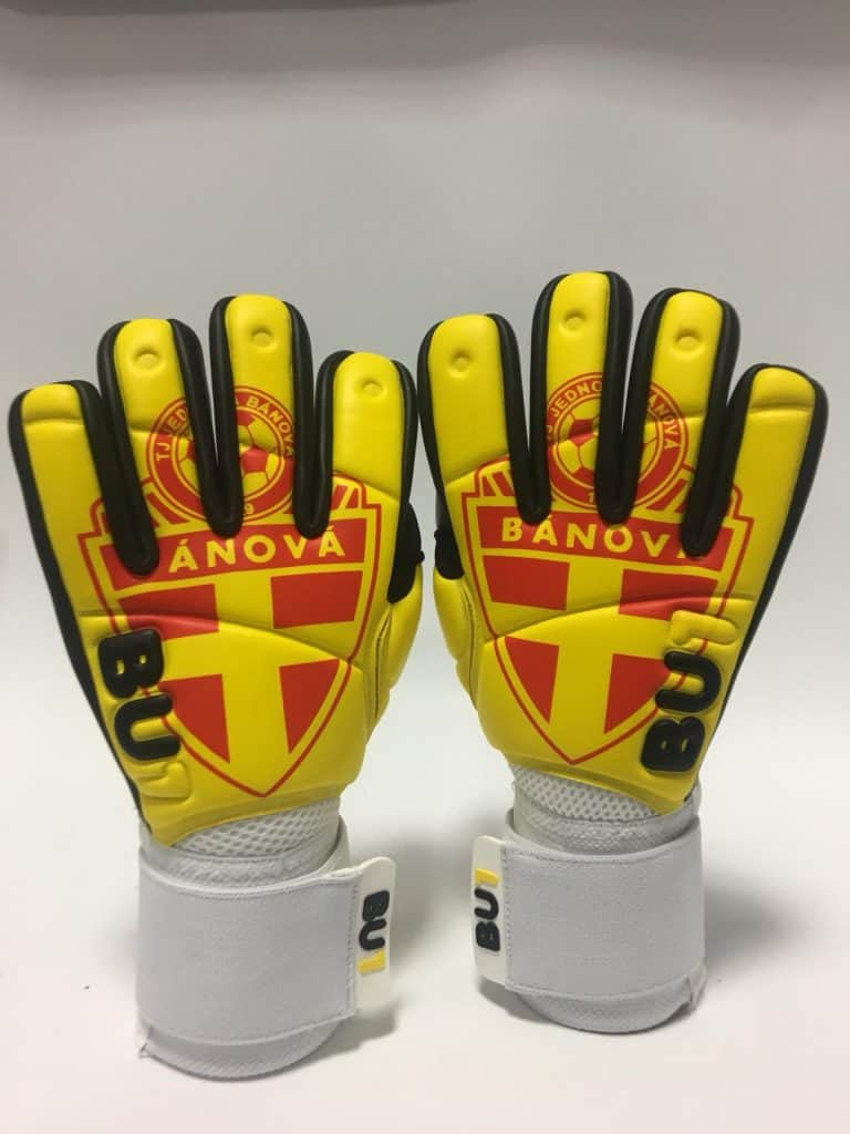 Banova custom BU1 gloves pair
